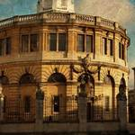 photograph of the Sheldonian Theatre in Oxford