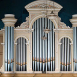 photo of the organ in a Methodist Chapel