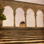 photo of a building on the Temple Mount in Jerusalem viewed through arches